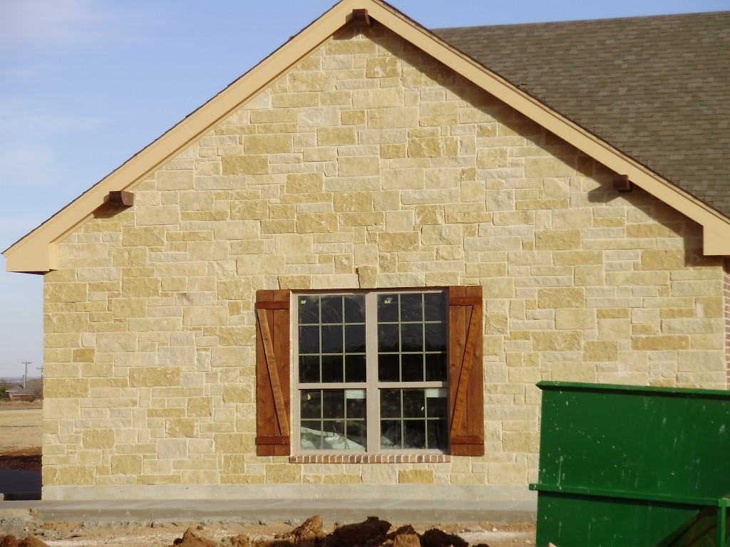 Lueders Roughback :: Big Country Stone